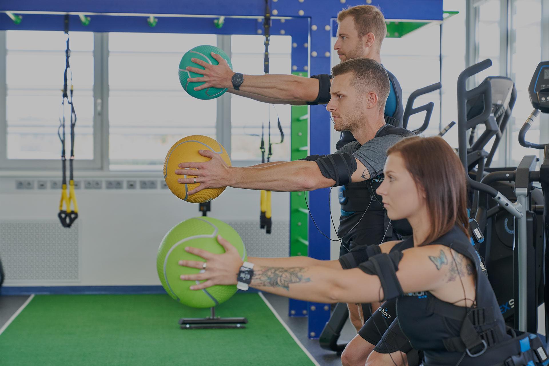 Gruppentraining, Stabilität und Eigenkörpergewicht, HIIT-Training
