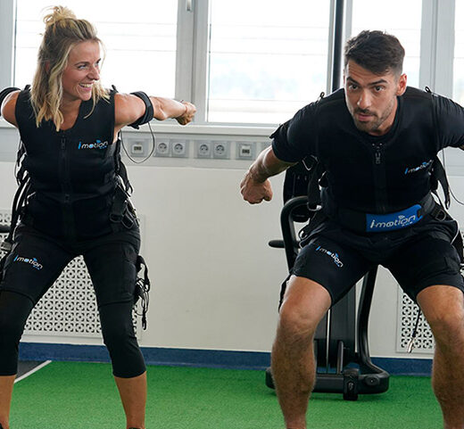 EMS Personal Training in Gleisdorf, Mann und Frau bei EMS Training, Bodyformers Gleisdorf